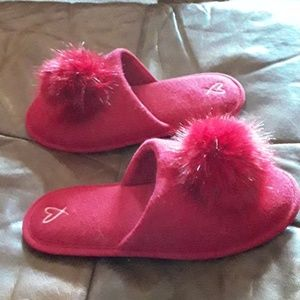 VICTORIA SECRET HOUSE SLIPPERS